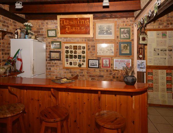 Dashing Dan's Bar